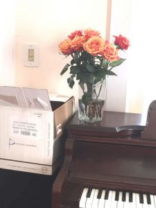 Boxes-and-roses-medium